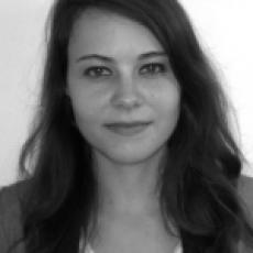 Caroline Yvernault
